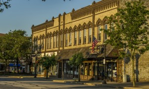 Wadsworth business leaders learn about Main Street communities