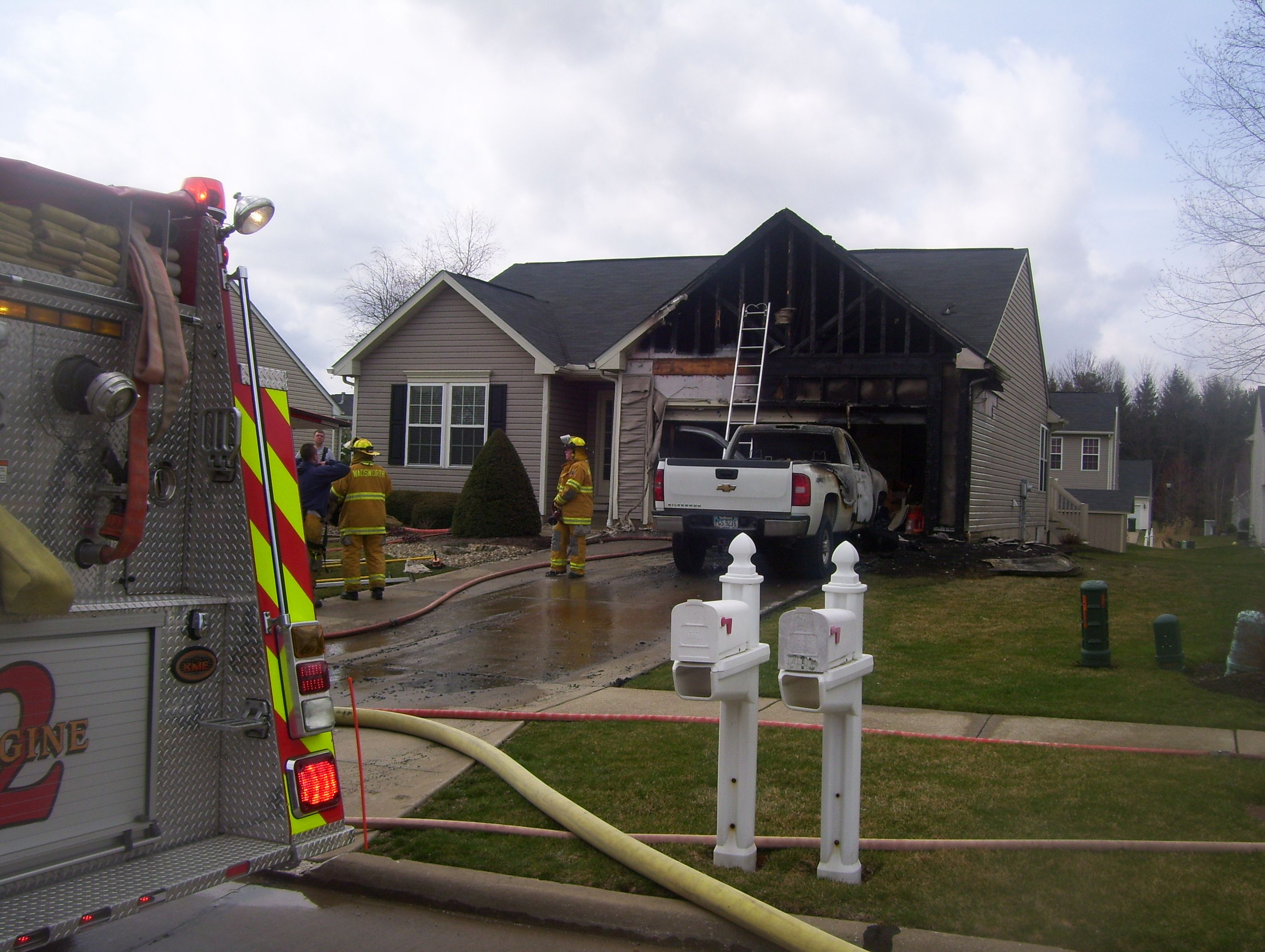 Wadsworth FD battles afternoon fire