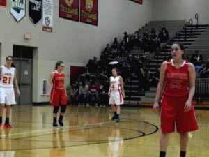 Lady Grizzlies win big over Bees