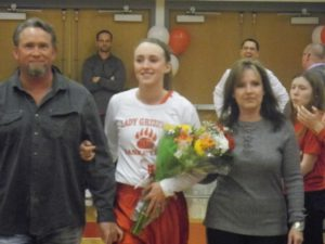 Lady Grizzlies win on Senior Night